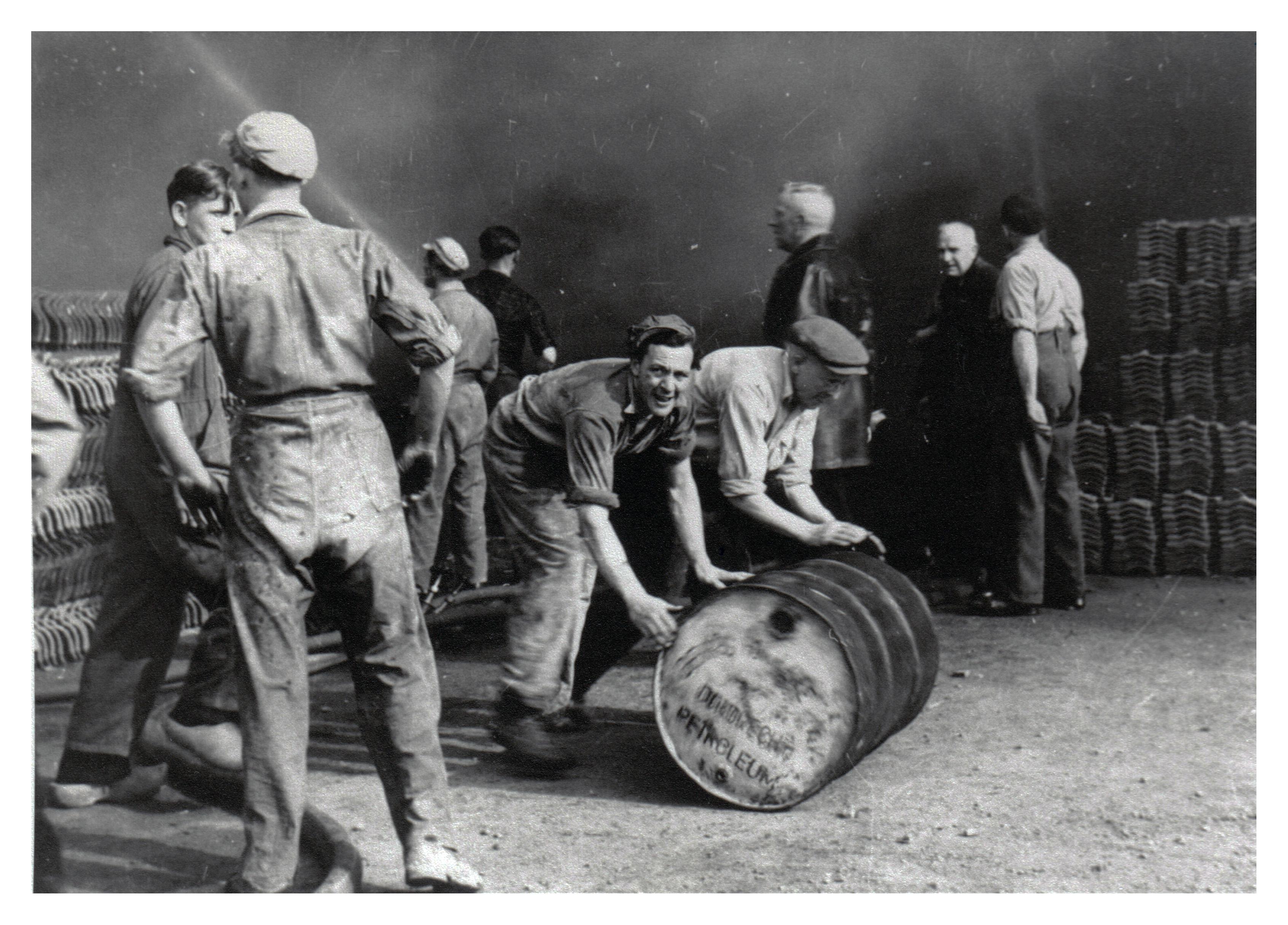 11 Brand Wodast 10 mei 1954