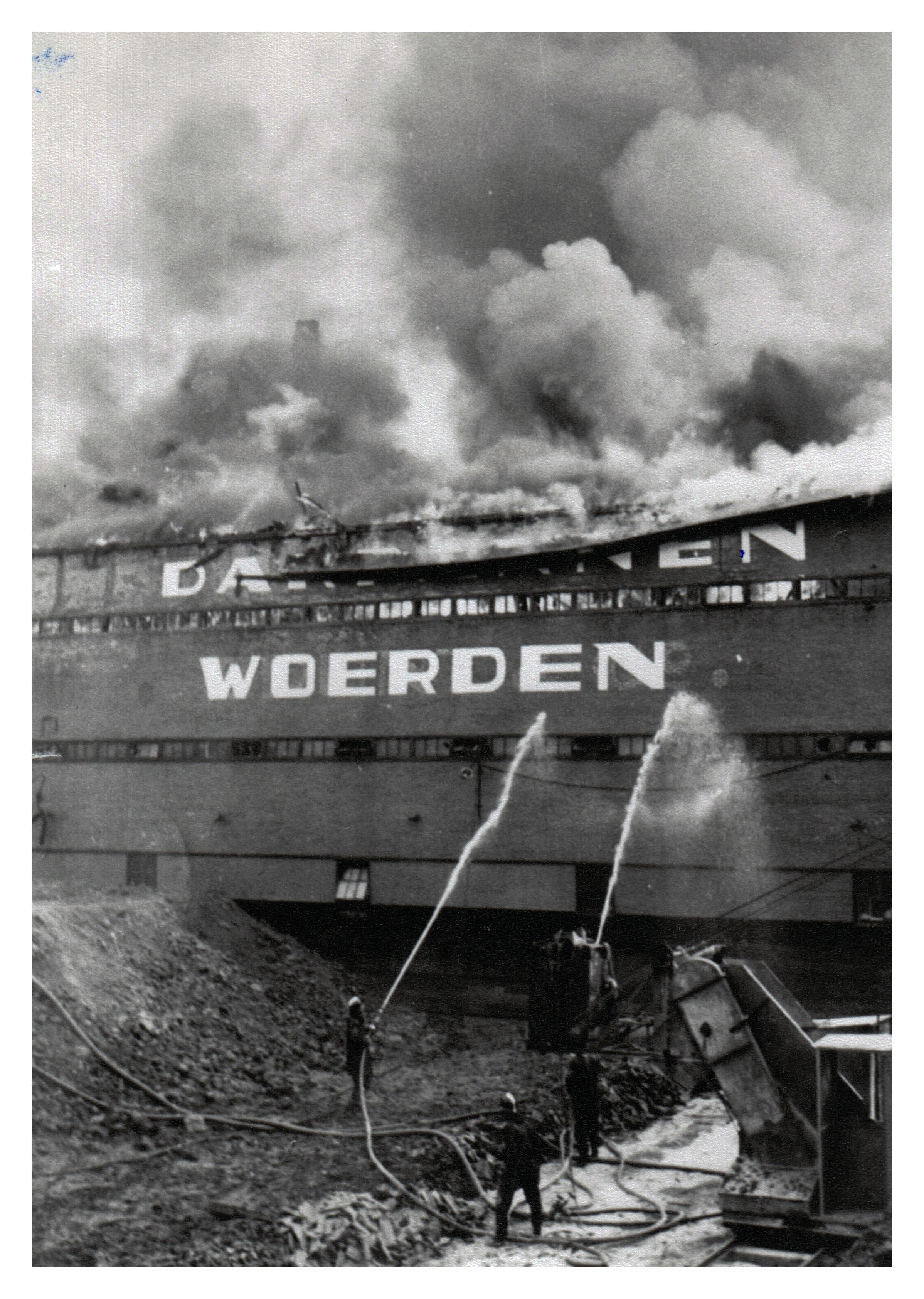 18 Brand Wodast 10 mei 1954