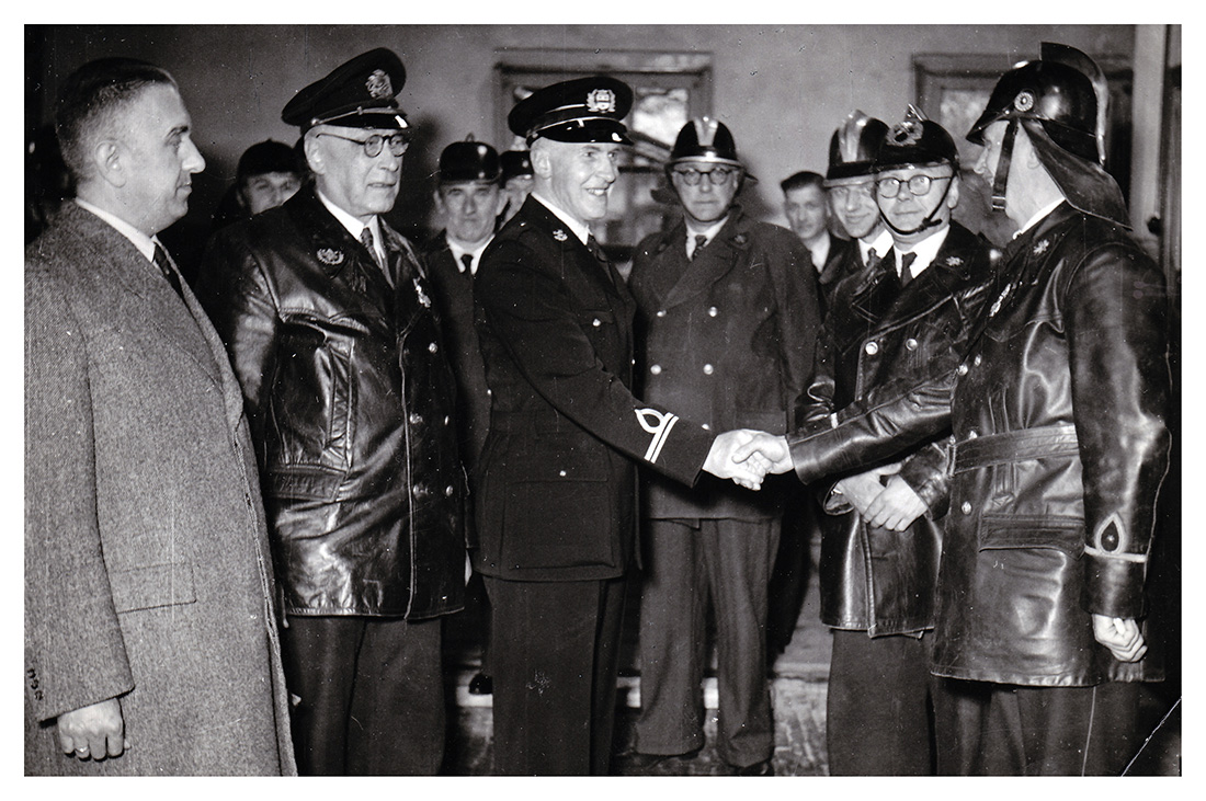 Commando wisseling van com. J.G. J. Heilker 9 september 1952